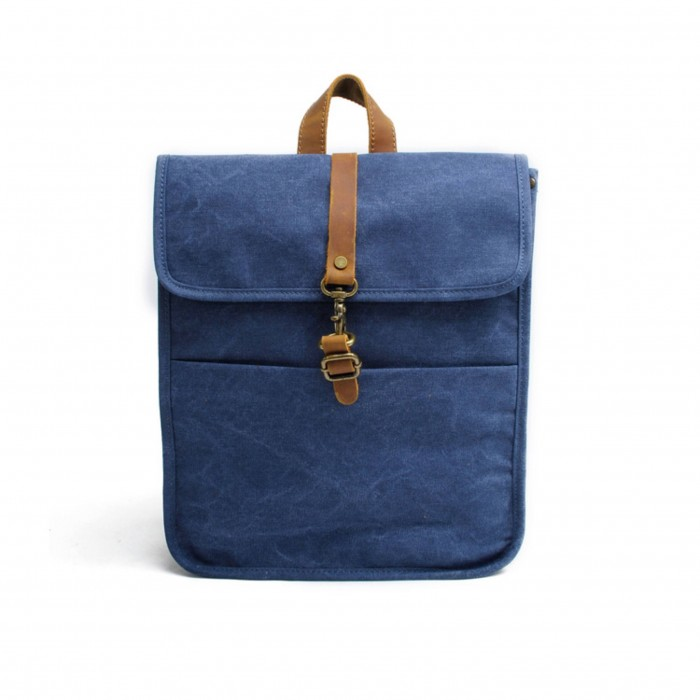 champlain-leather-backpack-blue